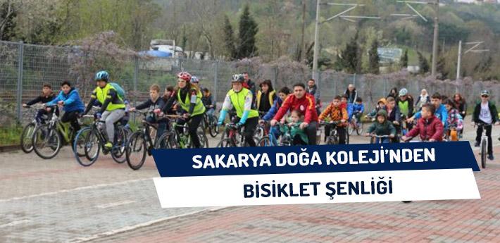 Sakarya Doğa Koleji'nden Bisiklet Şenliği
