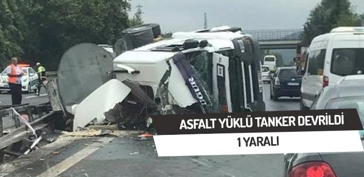 Asfalt yüklü tanker devrildi,1 yaralı