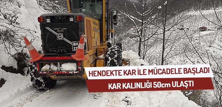 Hendek'te Kar İle Mücadele Başladı.